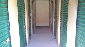 Image of Life Storage - Sacramento - Goldenland Court Facility on 55 Goldenland Court  in Sacramento, CA - View 3