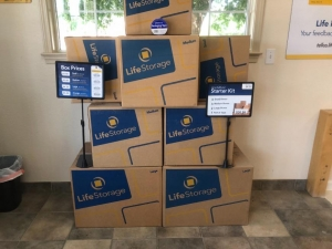 Image of Life Storage - Sacramento - 8960 Calvine Road Facility on 8960 Calvine Road  in Sacramento, CA - View 4