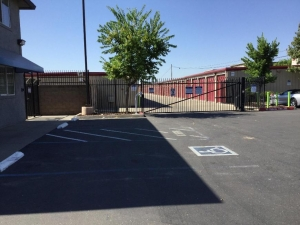 Life Storage - Sacramento - Fruitridge Road - Photo 6
