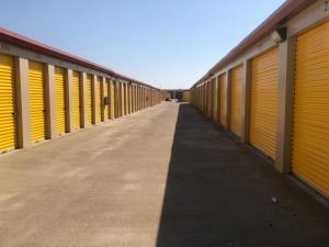 Image of Life Storage - Sacramento - Fruitridge Road Facility at 8870 Fruitridge Road  Sacramento, CA