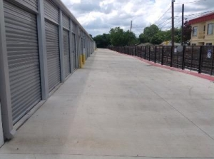 Life Storage - San Marcos - IH-35 Frontage Road