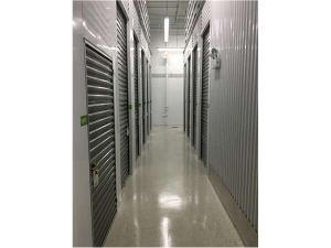 Extra Space Storage - Chicago - Narragansett Ave - Photo 3