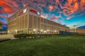 Image of Advantage Storage - Weslayan Facility at 4250 Southwest Freeway  Houston, TX