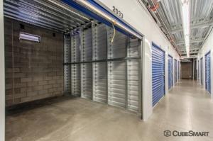 Image of CubeSmart Self Storage - Phoenix - 533 East Dunlap Avenue Facility on 533 E Dunlap Ave  in Phoenix, AZ - View 3