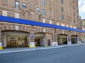 Picture of Manhattan Mini Storage - Upper West Side - West 107th Street