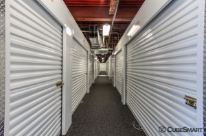 Image of CubeSmart Self Storage - Rockville - 4 Research Pl Facility on 4 Research Place  in Rockville, MD - View 2