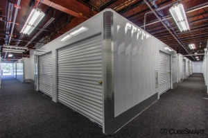 Image of CubeSmart Self Storage - Rockville - 4 Research Pl Facility on 4 Research Place  in Rockville, MD - View 3