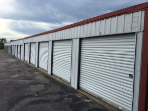 Tucker Road Self Storage - Photo 4