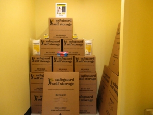Image of Safeguard Self Storage - Bronx - East Tremont Facility on 1112 East Tremont Avenue  in Bronx, NY - View 4