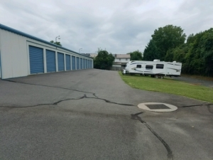 Picture of Discount Mini-Storage - Town and Country Drive