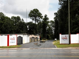 Image of Storage Rentals of America - Beaufort - 649 Parris Island Gateway Facility on 649 Parris Island Gateway  in Beaufort, SC - View 4