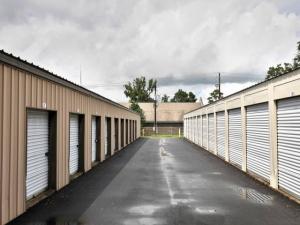Storage Rentals of America - Beaufort - 649 Parris Island Gateway - Photo 6