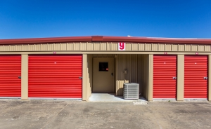 Picture of Move It Self Storage - Pearland / Friendswood