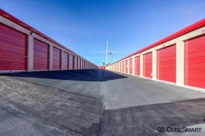 Image of CubeSmart Self Storage - Las Vegas - 8525 W Flamingo Rd Facility on 8525 W Flamingo Rd  in Las Vegas, NV - View 3