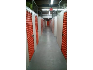Extra Space Storage - Quincy - Weston Av - Photo 3