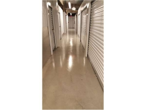 Extra Space Storage - Quincy - Liberty St