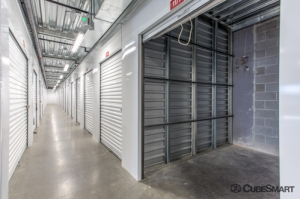 CubeSmart Self Storage - Phoenix - 841 E Jefferson St - Photo 2
