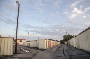 Picture of HGS Self Storage - Waco - 500 Mall Drive
