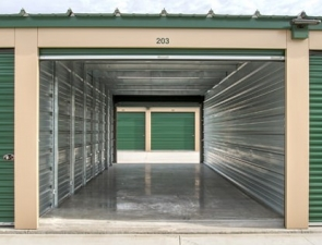 LockBox Storage - Grimes - SE Gateway Drive and SE 37th St. - Photo 11