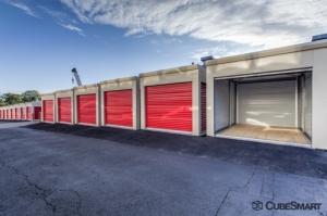 Image of CubeSmart Self Storage - Mount Vernon Facility on 776 South Columbus Avenue  in Mount Vernon, NY - View 3