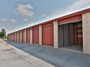 Storage Rentals of America - New Castle - 950 Red Lion Road - Photo 12
