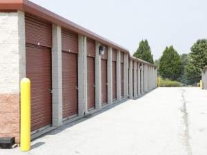 Storage Rentals of America - New Castle - 2 Bellecor Drive - Photo 11