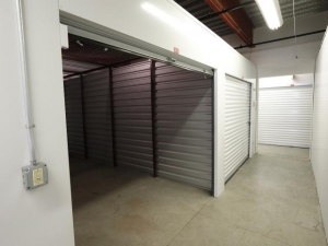 Storage Rentals of America - Wilmington - 2523 Lamotte Street - Photo 7