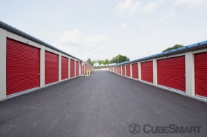 CubeSmart Self Storage - Shrewsbury - Photo 5