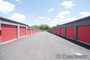CubeSmart Self Storage - Hamden - 450 Putnam Avenue - Photo 5