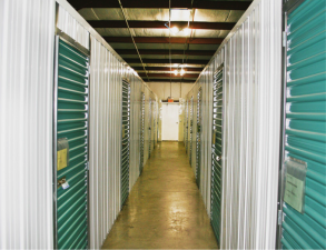 Clearwater Storage - Covered RV/Boat Space. Units Air Conditioned - Photo 5