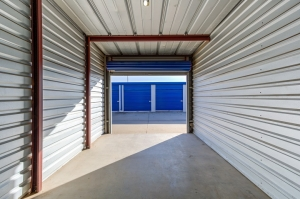 Simply Self Storage - 3015 N Service Road - Moore - Photo 5