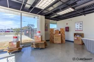 Picture of CubeSmart Self Storage - Lafayette - 2036 Northeast Evangeline Thruway