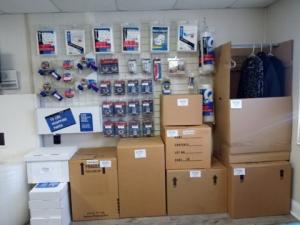 Balch Storage - Photo 2