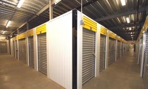 Safeguard Self Storage - Chicago - Hermosa - Photo 8
