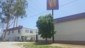 Picture of Store for Less - Carson
