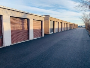 Image of Rite Storage 24-Hour Storage Facility at 2501 East Oakton Street  Arlington Heights, IL