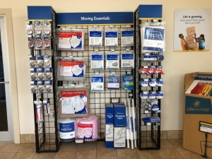 Image of Life Storage - Beaumont - North 7th Street Facility on 1501 North 7th Street  in Beaumont, TX - View 2