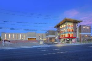Image of StorQuest - Phoenix/7th St Facility on 4141 North 7th Street  in Phoenix, AZ - View 2