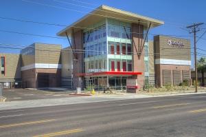 Image of StorQuest - Phoenix/7th St Facility on 4141 North 7th Street  in Phoenix, AZ - View 4
