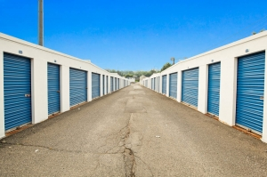 Image of US Storage Centers - Fairview Facility on 51 Broad Avenue  in Fairview, NJ - View 3