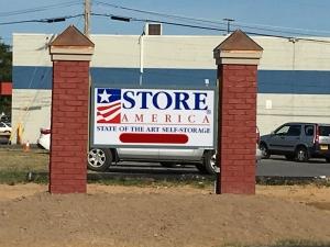 Store America - Bear - Photo 17