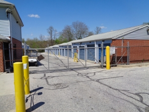Prime Storage - Baltimore - 3220 Wilkens Ave - Photo 3