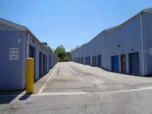 Prime Storage - Baltimore - 3220 Wilkens Ave - Photo 5