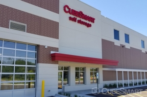 CubeSmart Self Storage - Riverwoods - Photo 2