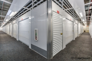 CubeSmart Self Storage - Riverwoods - Photo 3