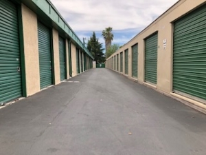 Image of Grove Way Mini Storage Facility on 2855 Grove Way  in Castro Valley, CA - View 4