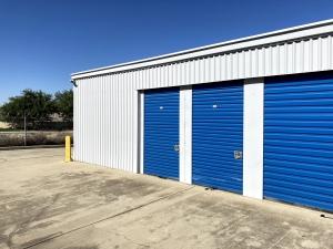 American Self Storage - Bakersfield - 8601 Kern Canyon Road - Photo 6