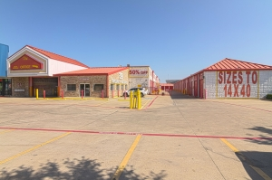 Image of All Storage - Pioneer @161 - 1102 W Pioneer Pkwy Facility on 1102 W Pioneer Pkwy  in Grand Prairie, TX - View 2