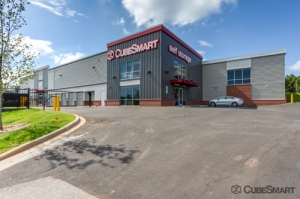 Image of CubeSmart Self Storage - Greenville - 1320 S Pleasantburg Dr Facility at 1320 S Pleasantburg Dr  Greenville, SC