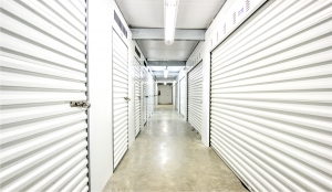 Image of Prime Storage - Baltimore - North Point Blvd Facility on 2613 North Point Boulevard  in Dundalk, MD - View 4
